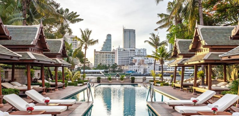 Book Affordable and Luxury Hotels to Make Your Trip Comfortable